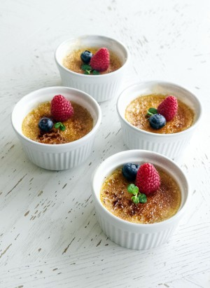 Creme Brulee - Spoon to The Moon