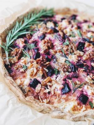 (Quiche) Vegetariškas kyšas su burokėliais ir ožkos sūriu - Spoon to The Moon